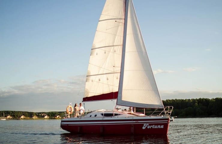 Яхта Фартуна