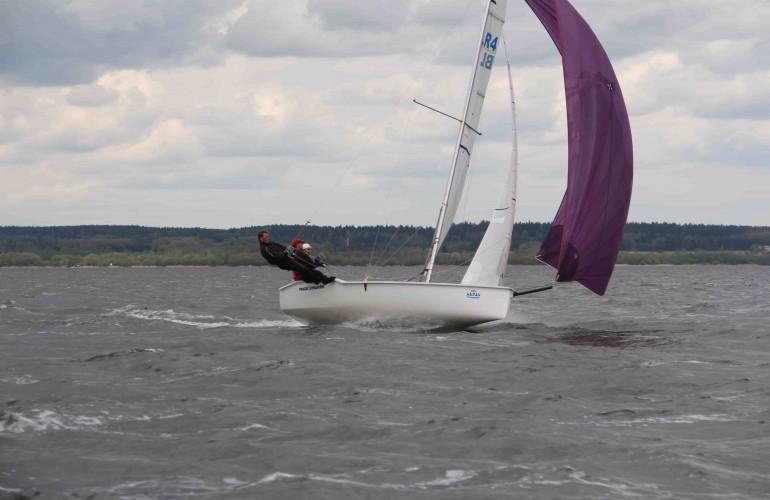 Тренировки на спортивных яхтах в Миснке